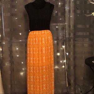 Beautiful Black, White & Orange Maxi Dress